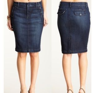 Sailor Pencil Denim Skirt by Willi Smith Size 2